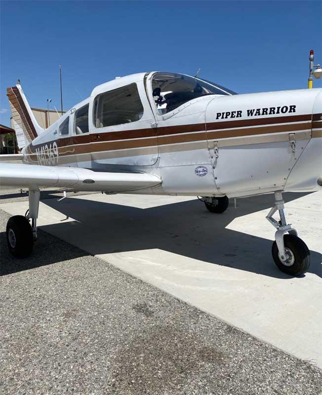 plane irvine flight academy