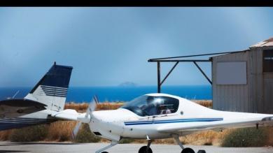 Is Flight school expensive